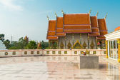 Reflection of Wat Kaeo Manee Si Mahathat at sunny day,  Phang Nga province, Thailand — 图库照片