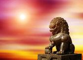 çin i̇mparatorluk aslan heykeli — Stok fotoğraf