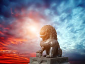 Chinese Imperial Lion Statue — Stock Photo