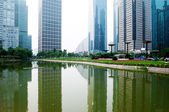 Uitzicht op de stad, met oriental pearl toren, landmark van shanghai shanghai — Stockfoto