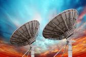 Satelliet schotel-antennes — Stockfoto