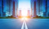 La puesta de sol de los caminos ocupados de principales ciudades — Foto de Stock