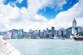 Hong Kong view of Victoria Harbor, Hong Kong Island business dis — Stock Photo