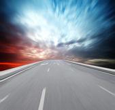 Way high way blue sky to Travel Destination journey — Stock Photo