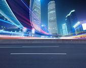 La vista nocturna del centro financiero lujiazui — Foto de Stock