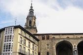 Bir görünümünü san miguel kilisede virgen vitoria meydanda blanca — Stok fotoğraf