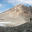 Trekking in Tien Shan mountains, Ak-Shyrak region, Kyrgyzstan — Stock Photo