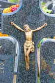 Jesus Christ statue in a cemetery — Stock Photo