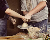 The master class of pottery art — Stock Photo