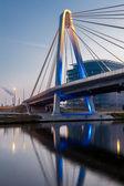Most nad wodą — Zdjęcie stockowe