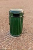 çöp kutusu — Stok fotoğraf