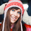 Girl in warm hat. — Stock Photo