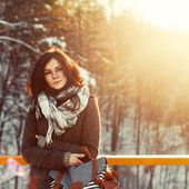 Pretty girl in winter on the street. — Stock Photo