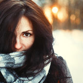 Woman enjoying a sunny winter day. — Stock Photo