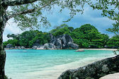Beautiful scenery of Tanjung Tinggi Belitung — Stock Photo