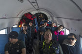 Passagers à bord d'un avion lors d'une expédition en Antarctique — Photo
