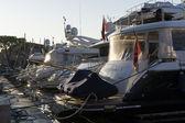 Luxus-yachten im hafen, frankreich — Stockfoto