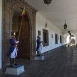 Президентской гвардии в Президентский дворец Эквадора — Стоковое фото