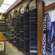 Textile fabric shop in Quito, Ecuador — Stock fotografie