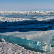 Blue block of ice on Baikal lake,Russia — Stockfoto