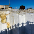 Shadows of visiters in Buguldeika marble quarry, Baikal region, Russia — Stock Photo