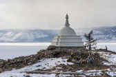 Sacred buddhist stupa on Oghoi island, Baikal lake — Stock Photo