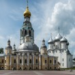 Ancient orthodox churches in Vologda, Russia — Stock Photo #26945027