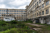 Old soviet abandoned building — 图库照片