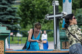 Visitors drinking from holy spring at Trinity Sergius Lavra in Sergiev Posad. Russian Federation — Stock Photo