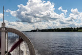 Boat trip on Volga in Yaroslavl, Russia — Stock Photo