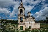 Stary kościół zniszczony w rostov, federacja rosyjska — Zdjęcie stockowe