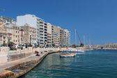 мальтийский-бэй в солнечный день — Стоковое фото