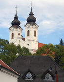 Baroque Spires on Church in Tihany, Hungary — Stock Photo