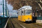 Gelbes tram — Stockfoto