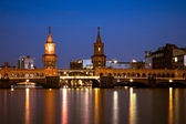 Oberbaum Bridge, Berlin at night — Stock Photo
