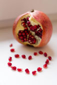 Heart of pomegranate seeds — Stock Photo
