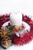 Jul ljus och guld kotte. — Stockfoto