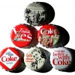 Coca-Cola vintage bottle caps — Stock Photo