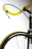 Gelbes fahrrad — Stockfoto