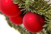 Två blå julgranskulor — Stockfoto