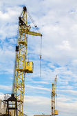 Cranes in the clouds — Stock Photo