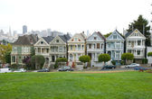 Historic Victorian Houses in San Francisco California — Стоковое фото