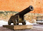 Age-old cannon on a gun-carriage — Stock Photo