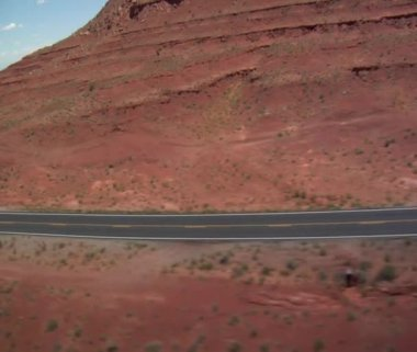 Aerial shot of Monument Valley Highway wobbly — Stock Video