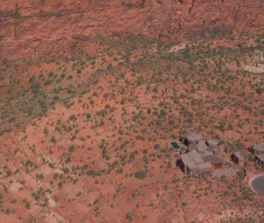 воздушные выстрел пустыни особняк — Стоковое видео