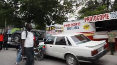 Busy street scene Port-au-Prince Haiti — Stok video