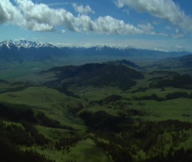 Distant valleys in Paradise Valley Montana — Stock Video