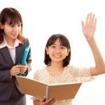 Lehrer mit Mädchen studieren — Stockfoto