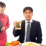 Man drinking beer — Stock Photo