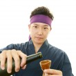 Working Asian waiter — Foto de Stock